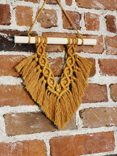 Load image into Gallery viewer, Macrame Fan Wall Hanging