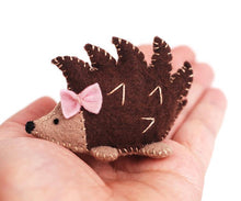 Load image into Gallery viewer, Hedgehog Sewing Kit