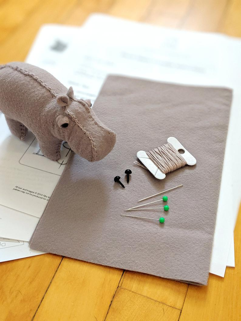 Hippo Sewing Kit