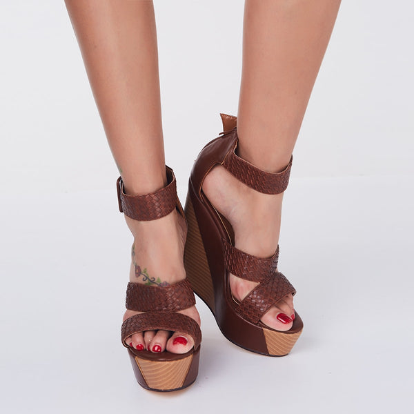 Open Toe Line-Style Buckle Wedge Heel Strappy Low-Cut Upper Plain Sandals