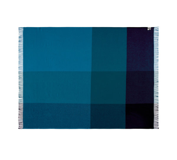 Silkeborg Uldspinderi ApS Miami Plaid 130x190 cm Throw 5307 Deep Ocean Blue