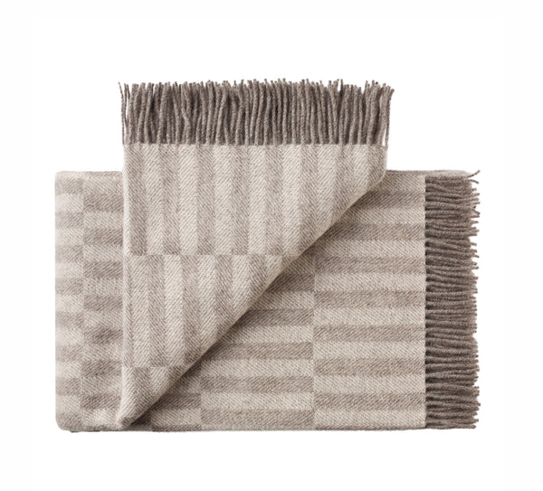 Silkeborg Uldspinderi ApS Stockholm Plaid 130x200 cm Throw 0820 Grey/White