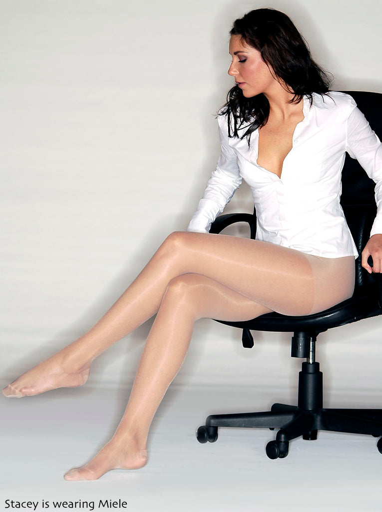 Carezza 70 Support Pantyhose