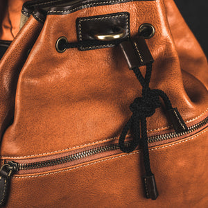 YAAGLE Unisex Vegetable Tanned Leather Drawstring Backpack YGM8124 - YAAGLE.com