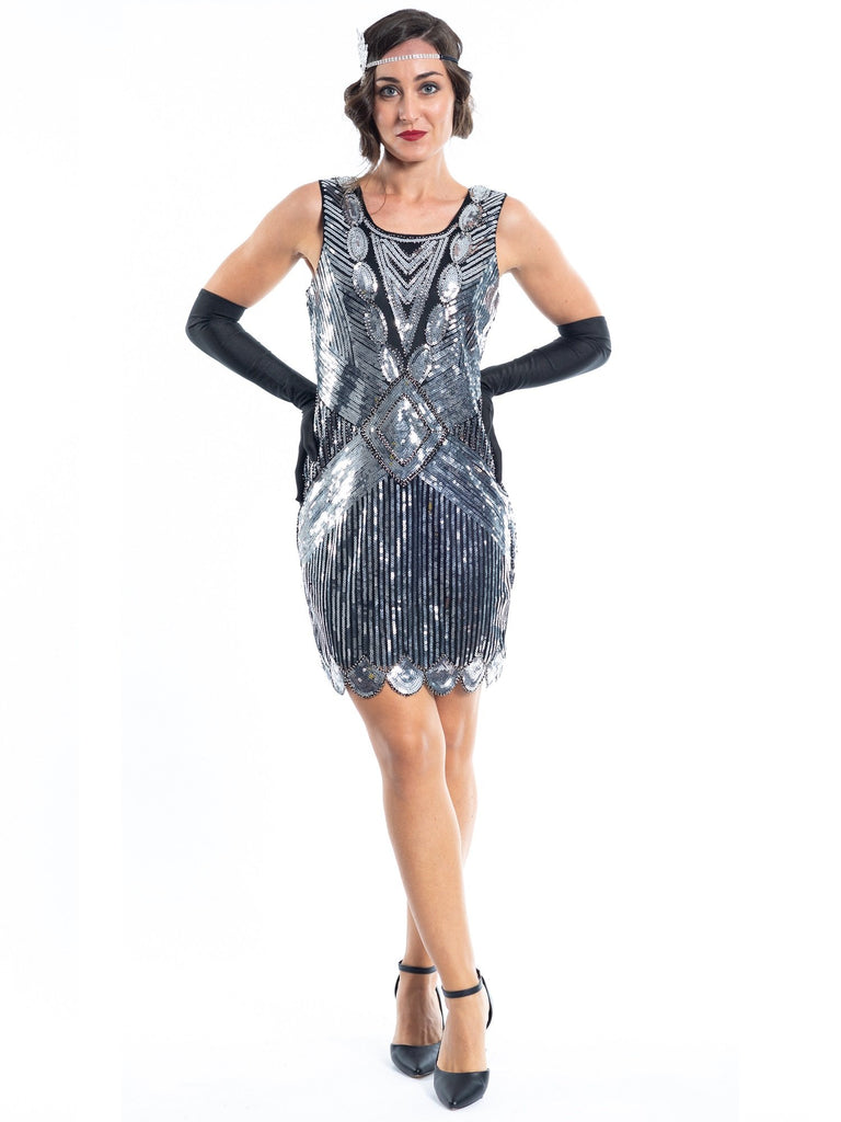 A Short 1920s Silver Gatsby Dress with sequins