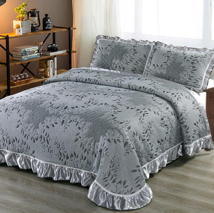 Aabirah Wide Ruffled Edge 100% Cotton Bedspread Set - Venetto Design