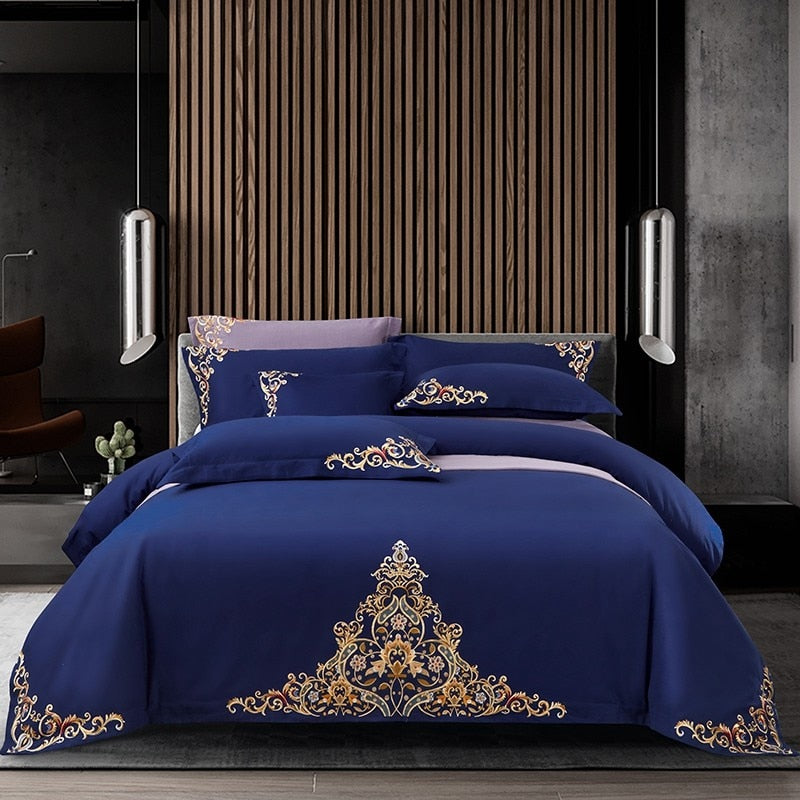 Mariana Centered Embroidered Motif 100% Cotton Duvet Cover Set - Venetto Design