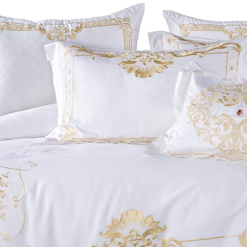 DeLuxxe White Egyptian Cotton Premium Embroidery Bedding set