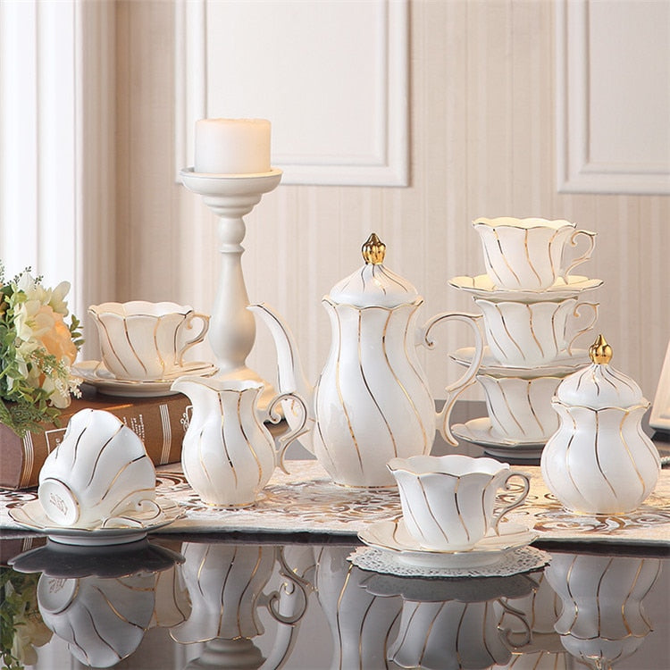 Benedicta Porcelain Gold Inlay Bone China Tea Set - Venetto DesignFull Set