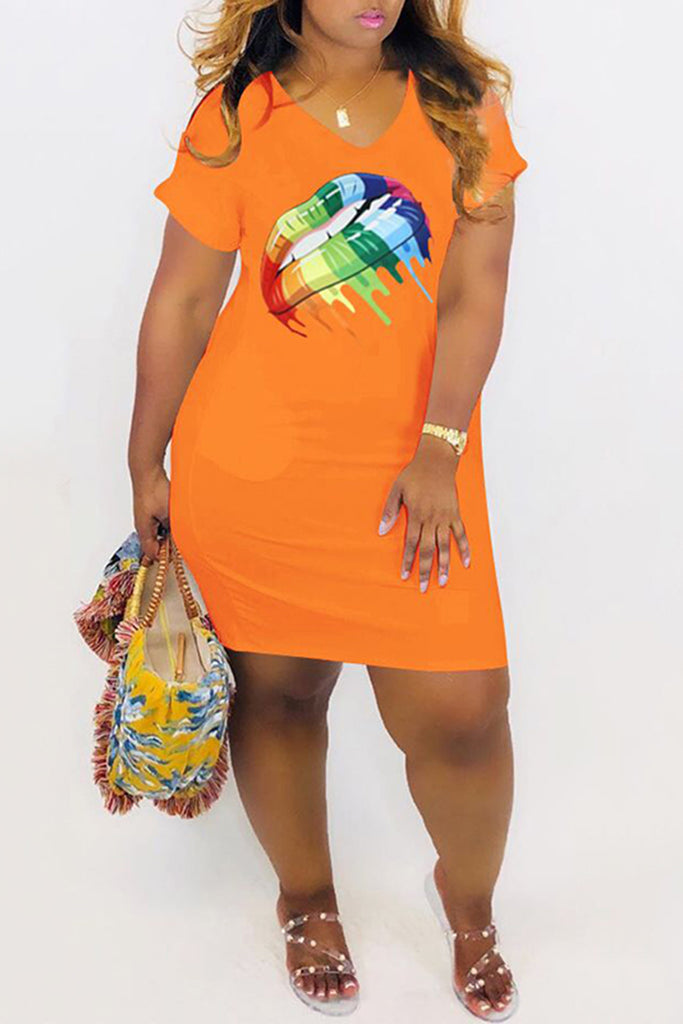 V-Neck Plus Size Lip Print Mini Dress