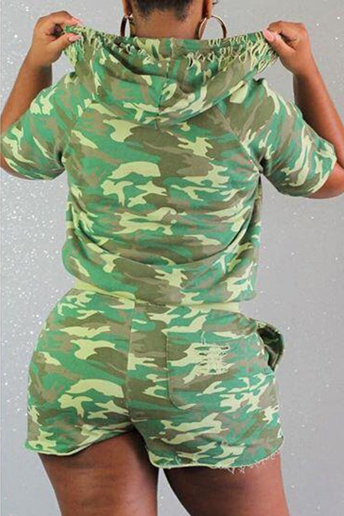 Camouflage Printed Hooded Collar Top & Shorts