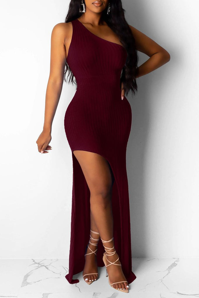 Solid Color One Shoulder Slit Hem Maxi Dress