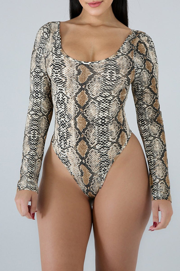 Digital Print Scoop Neck Long Sleeve Romper