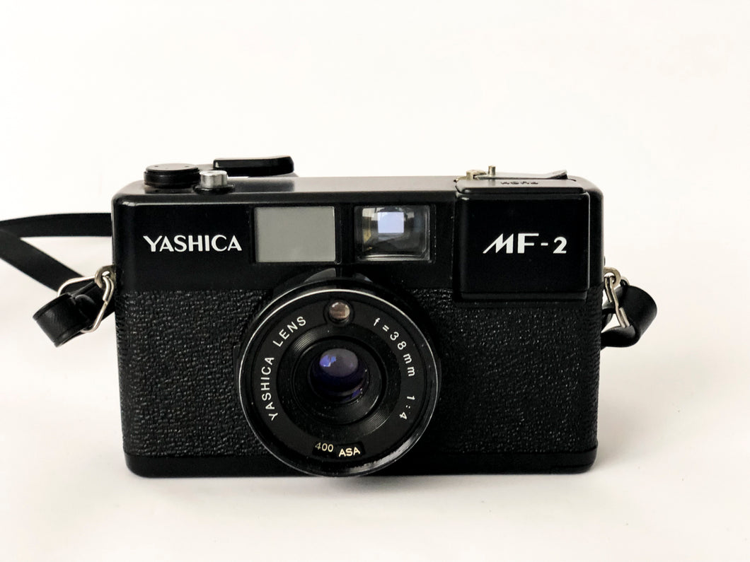 APPAREIL PHOTO VINTAGE YASHICA MF2