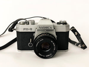 APPAREIL PHOTO VINTAGE YASHICA FX-2 SILVER