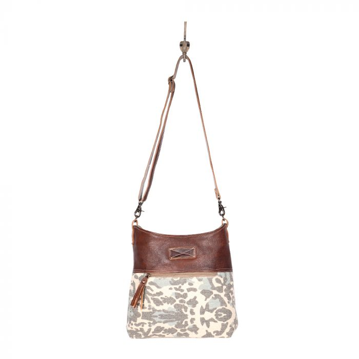 Myra Naive Shoulder Bag
