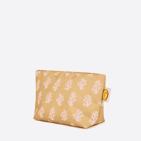 Anorak Coral Medium Toiletry Bag