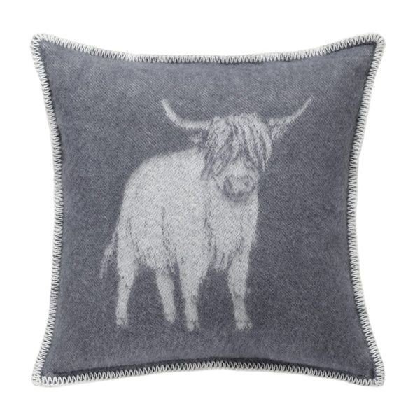 JJ Textile - Highland Cow Cushion