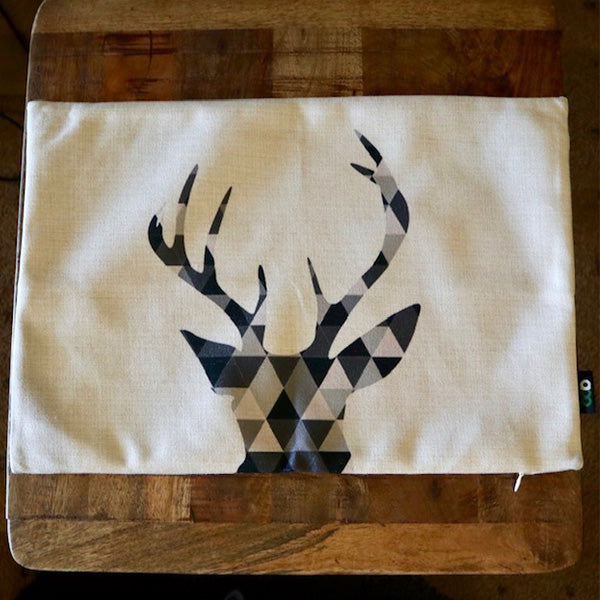 Graphic Deer Head Rectangle Cushion
