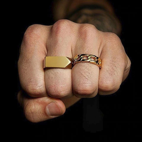 STRIKE minimalist ring