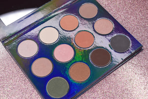 The Ultimate Muah Eyeshadow Palette