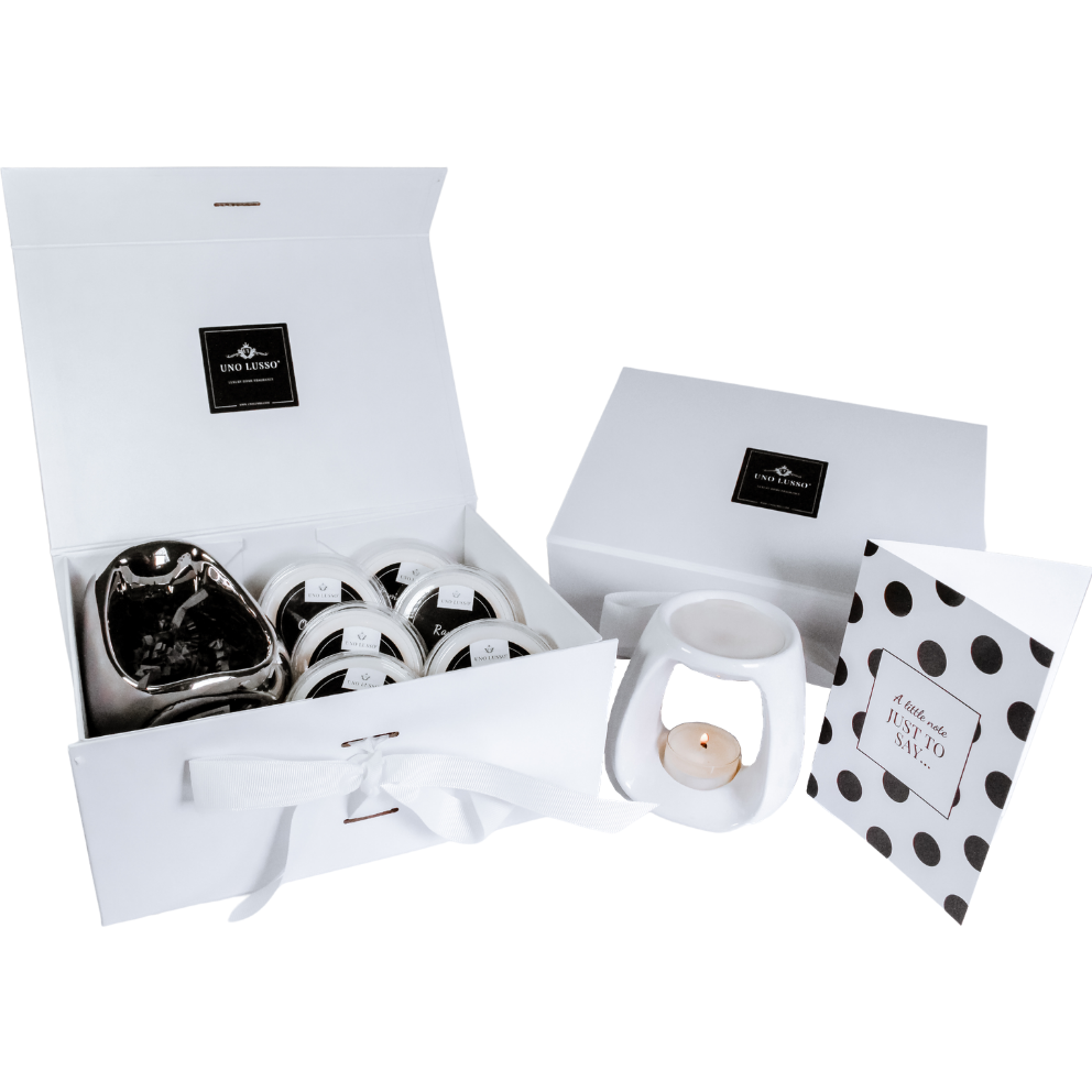Luxury Gift set with wax melts, wax burner, tealights and gift card