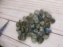 Load image into Gallery viewer, Labradorite Tumbled Stone (1)