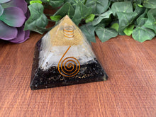 Load image into Gallery viewer, Black Tourmaline & Selenite Orgone Pyramid