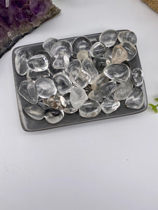 Clear Quartz Tumbled Stone (1)