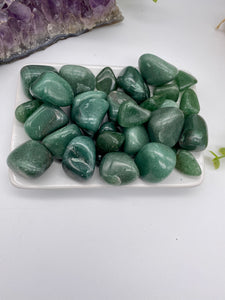 Green Aventurine Tumbled Stone (1) | Green Crystals Stones Rocks & Minerals