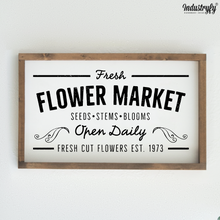 "Laden Sie das Bild in den Galerie-Viewer, Farmhouse Design Schild ""Fresh Flower Market"""