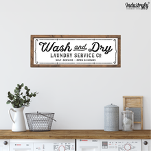 "Laden Sie das Bild in den Galerie-Viewer, Farmhouse Design Schild ""Wash & dry"""