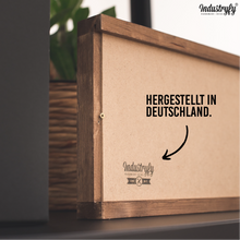"Laden Sie das Bild in den Galerie-Viewer, Farmhouse Design Schild ""lets stay in bed"""
