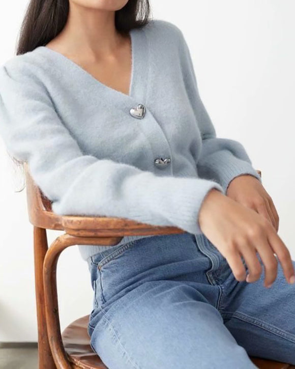 V-neck Heart Shape Button Single-breasted Knit Cardigan