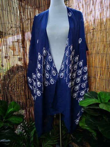 Loose Fitting Embroidered Blue & White Kimono Jacket One Size Fits All 12 to 20