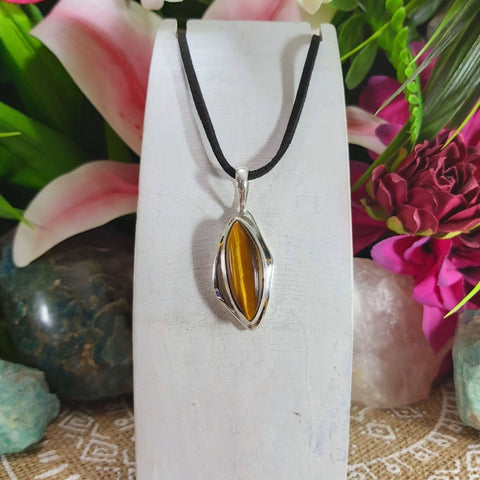 Tiger Eye Earth Star Gemstone Pendant Necklace 925 Sterling Silver Plated  (E1150)