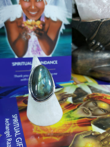Labradorite Magick Ring Size US 8.5 (E174)