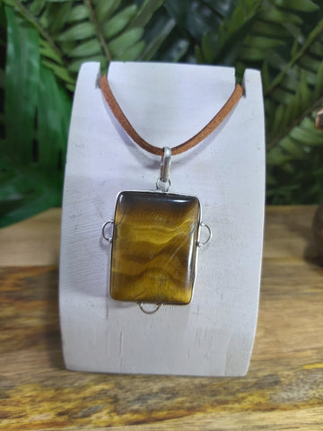 Tiger Eye Pendant 925 Sterling Silver Plated (JPTE7)