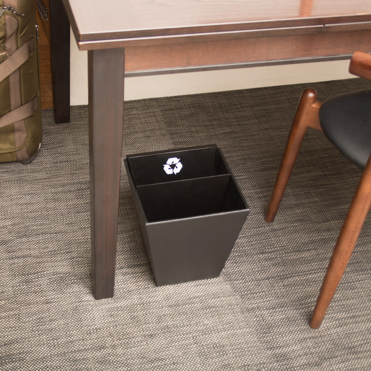 Divided waste and recycle bin in faux leatherette black and MDF, with recycle symbol