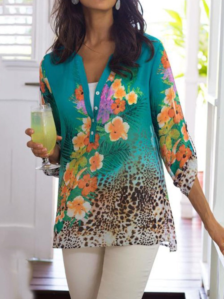 V-Neck Floral Print Three-Quarter Sleeve Mid-Length Blouse