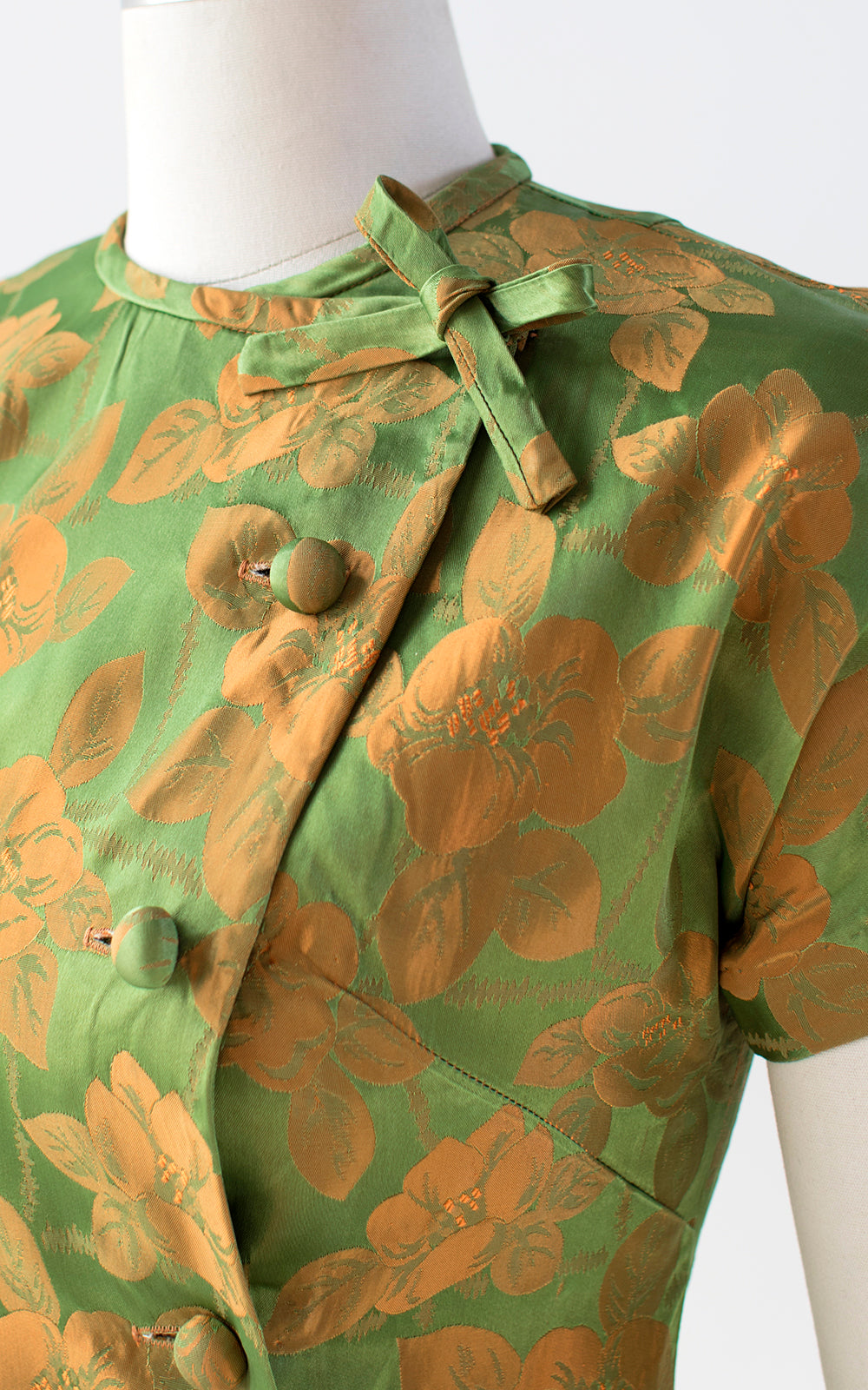 1960s Floral Hawaiian Satin Blouse | small