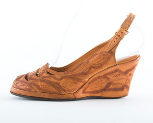 1940s 1950s Floral Tooled Leather Wedge Sandals | size 6