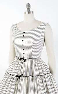 1950s Pinstriped Tiered Circle Skirt Cotton Sundress | small
