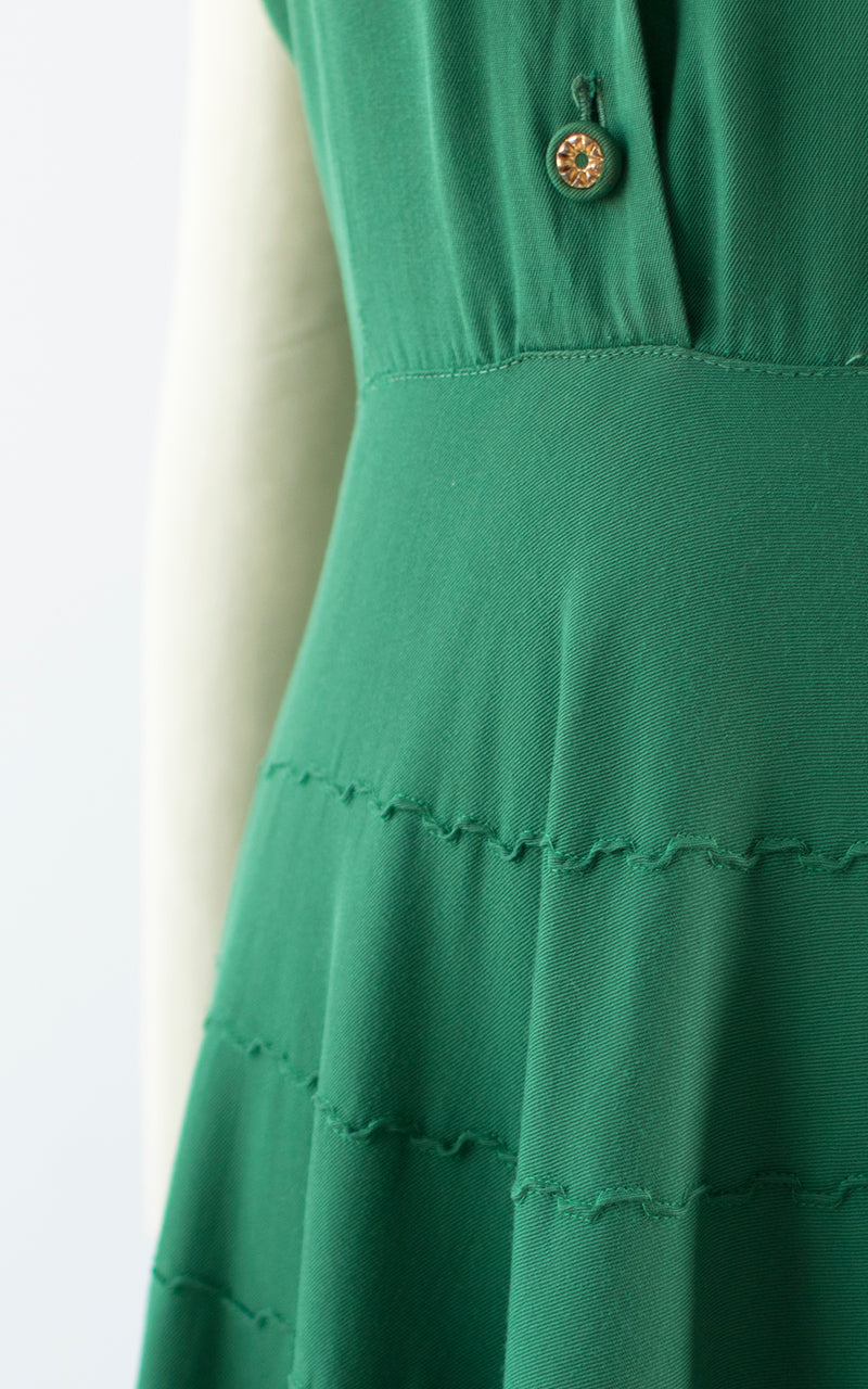 1940s Green Gabardine Pintuck Shirtwaist Day Dress | small
