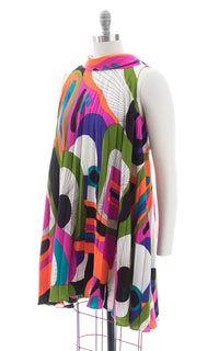 1960s Psychedelic Barkcloth Pleated Trapeze Dress