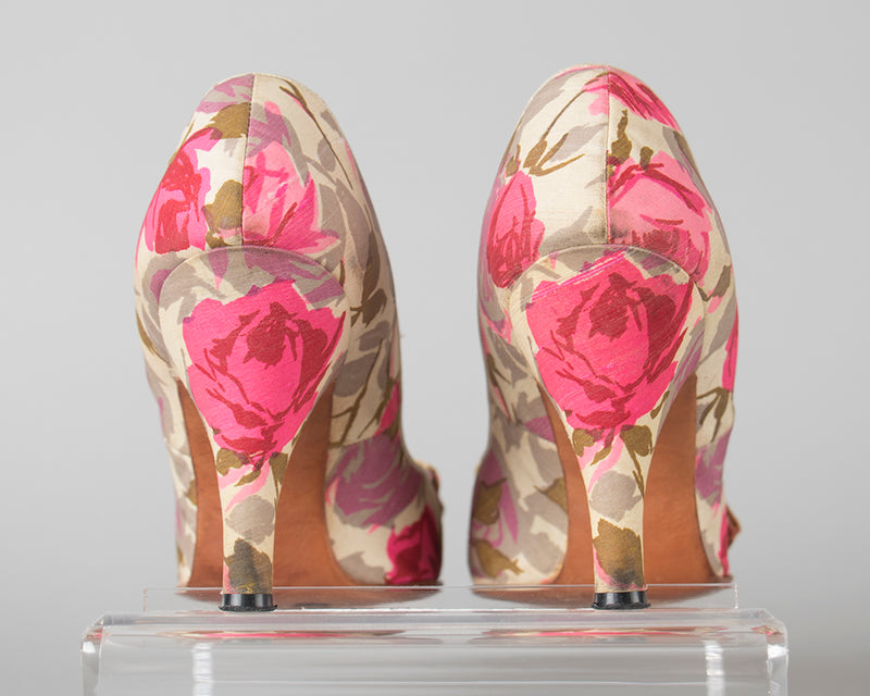 ♦ SOLD ♦ 1950s Pink Silk Rose Heels | size 5/5.5