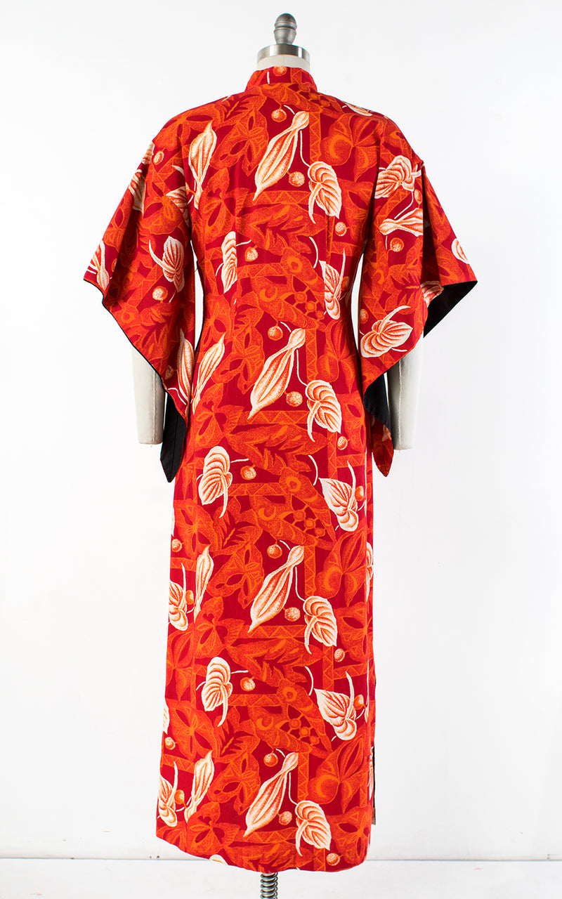 1950s Hawaiian Floral Cotton Pake Muu | medium