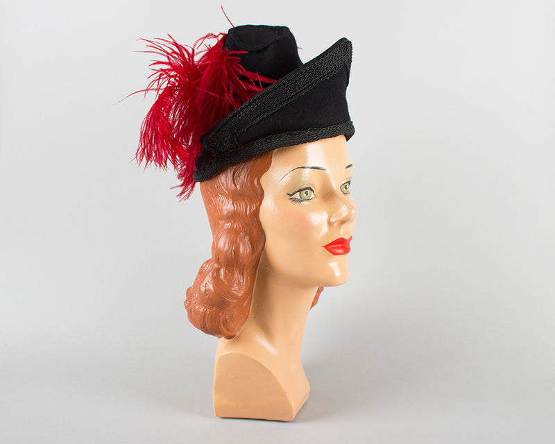 1940s Ostrich Feather Black Wool Felt Tilt Hat