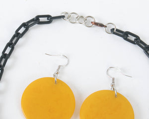 Handmade 1940s/1950s Bakelite Poker Chips Charm Necklace & Earrings Sets