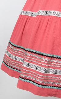 SOLD || 💐 SPRING CLEAROUT 💐 1950s Pink Ric Rac Patio Circle Skirt | small